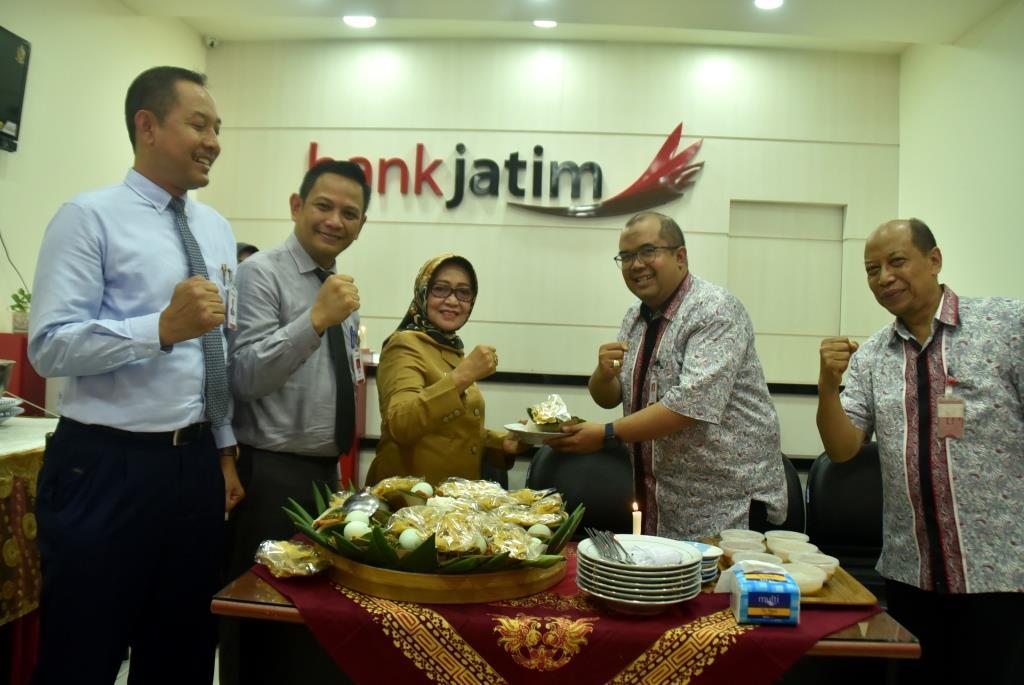 Kantor Pindah, Bank Jatim Capem Ploso Dibuka Bupati Jombang